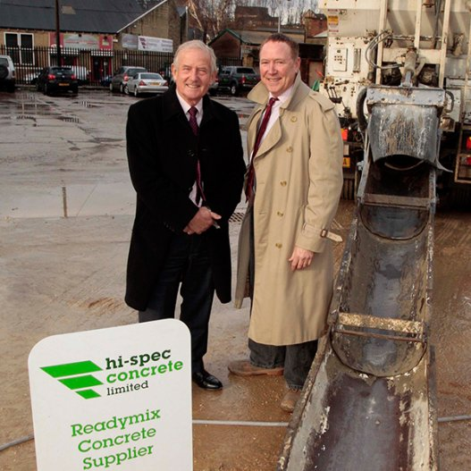 MP Barry Sheerman makes visit to hi-spec concrete in Lockwood